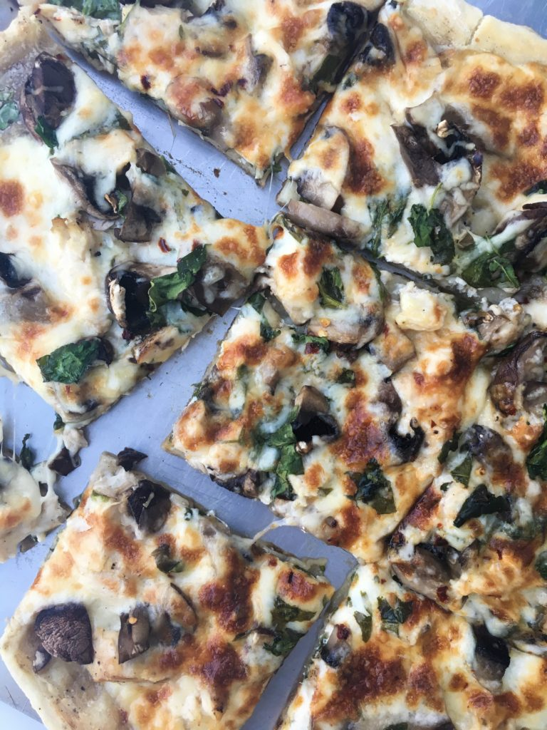 Roasted Garlic Chicken and Spinach White Pizza
